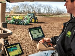 John Deere self-driving tractor