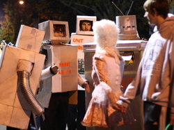 Robot Halloween - Photo by T. Cowart