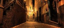 Alley in Italy at night