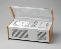 Radio-Phonograph (model SK 4/10) by Dieter Rams and Hans Gugelot (1956)