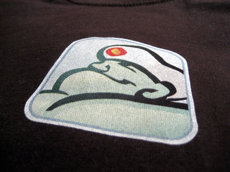 Big Medium genie logo t-shirt